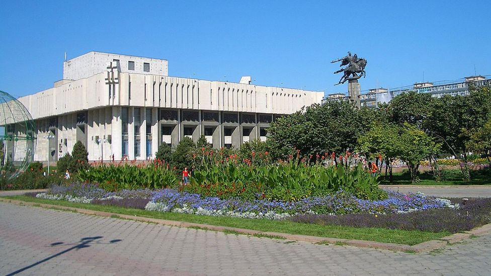 Manas statue, Bishkek, Kyrgyzstan