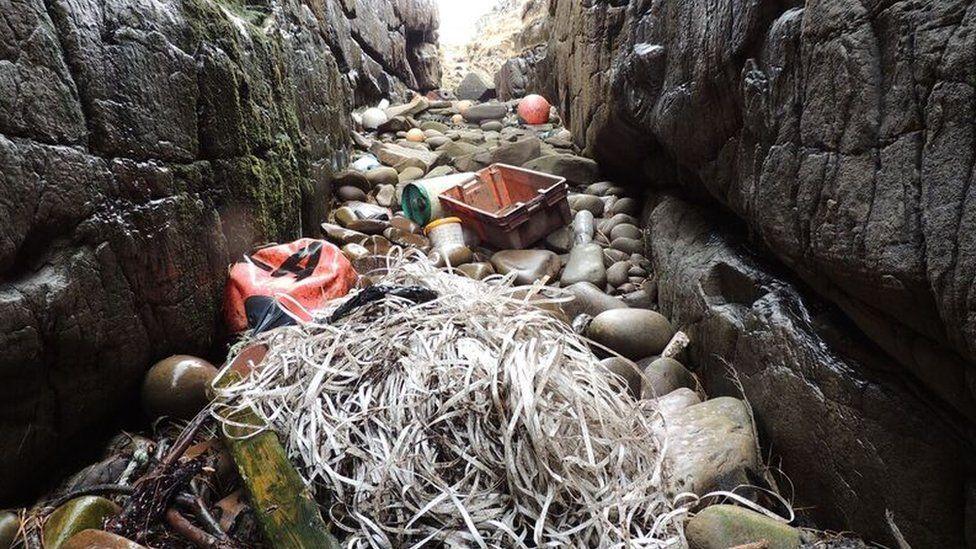 Marine pollution on Rum