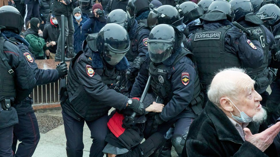 A man is detained in Moscow on 23 Jan 2021