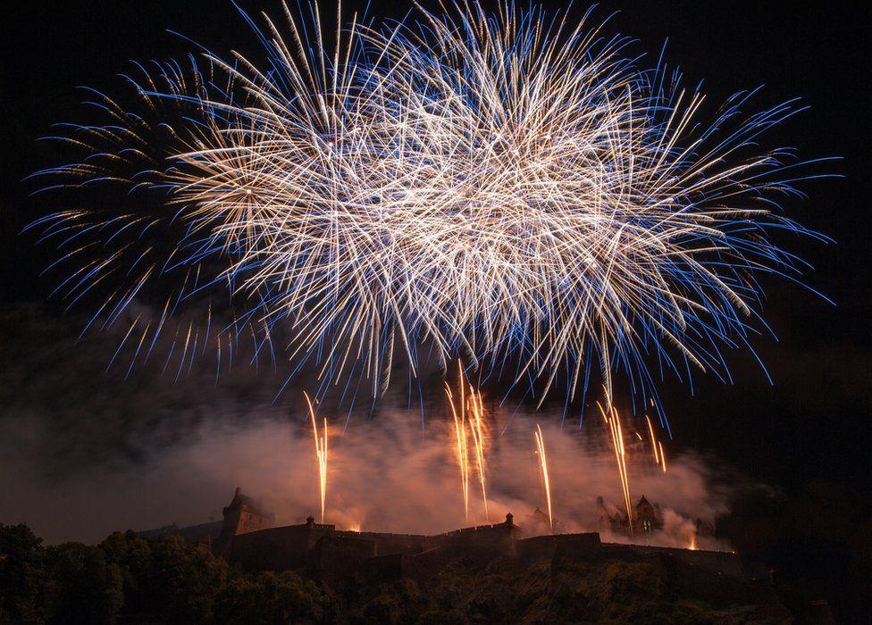 Fireworks Edinburgh Castle