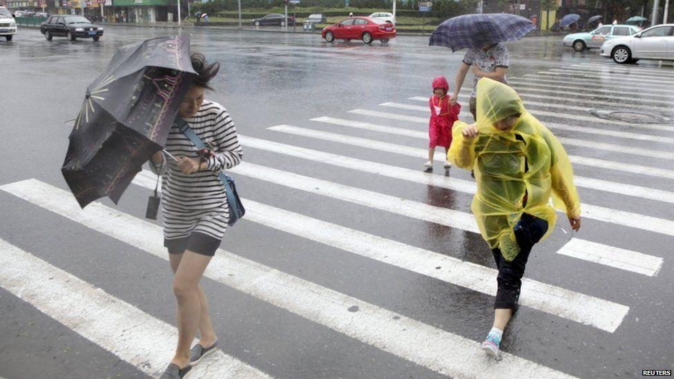 Shanghai street, 11 July