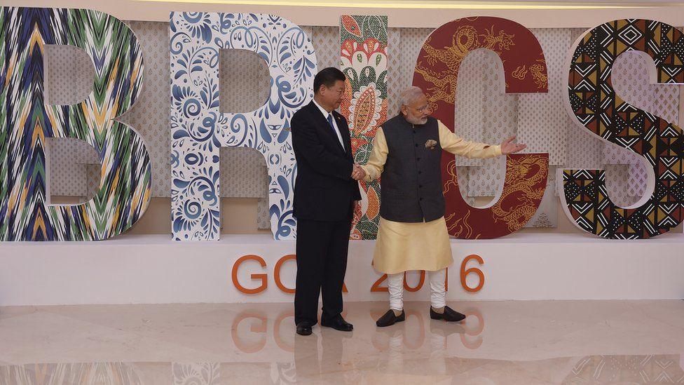 Xi Jinping and Narendra Modi at the 2016 BRICS summit