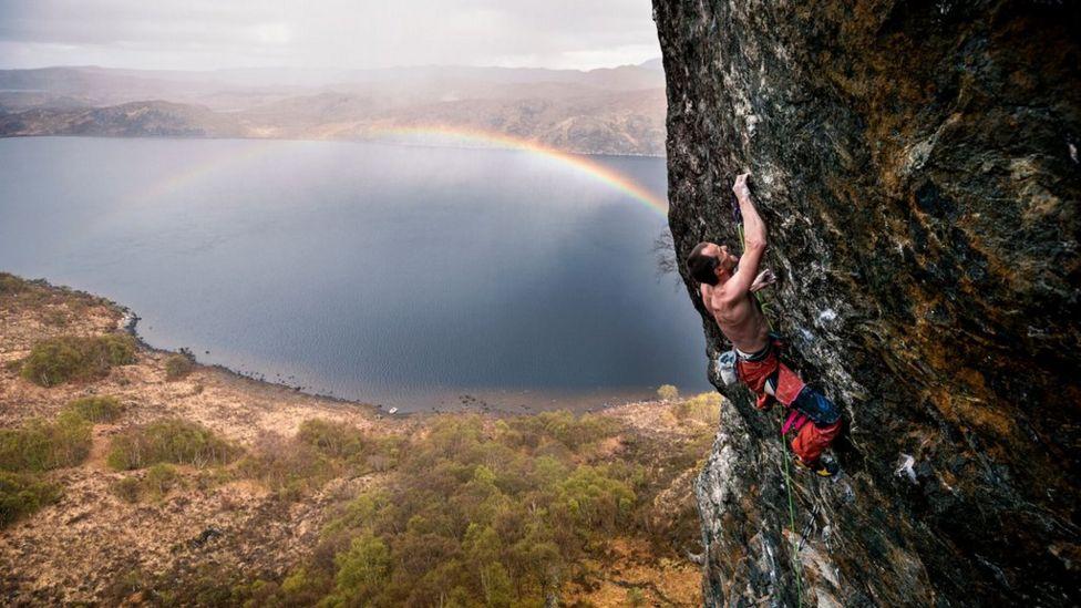 Dave Macleod climbing at Loch Maree