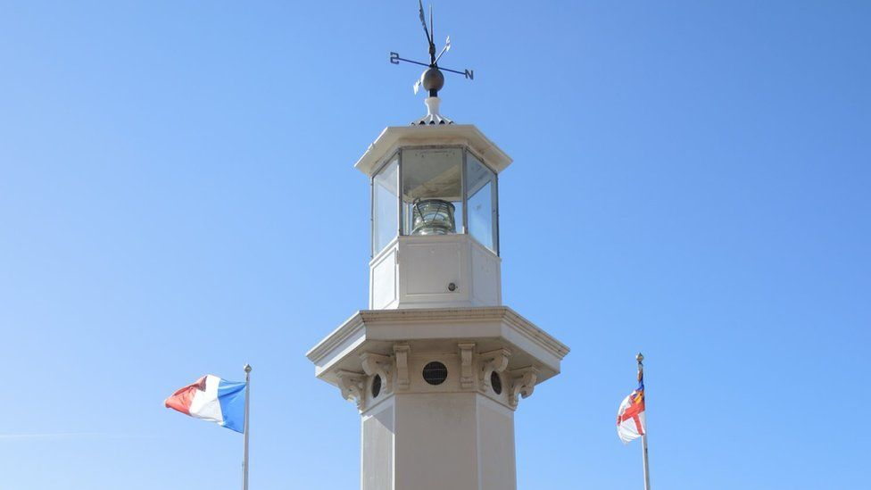 Lighthouse memorial