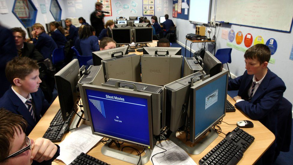 Schoolchildren in a computing class