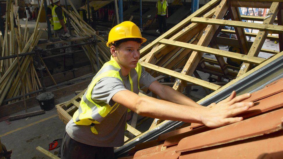 apprentice construction rates