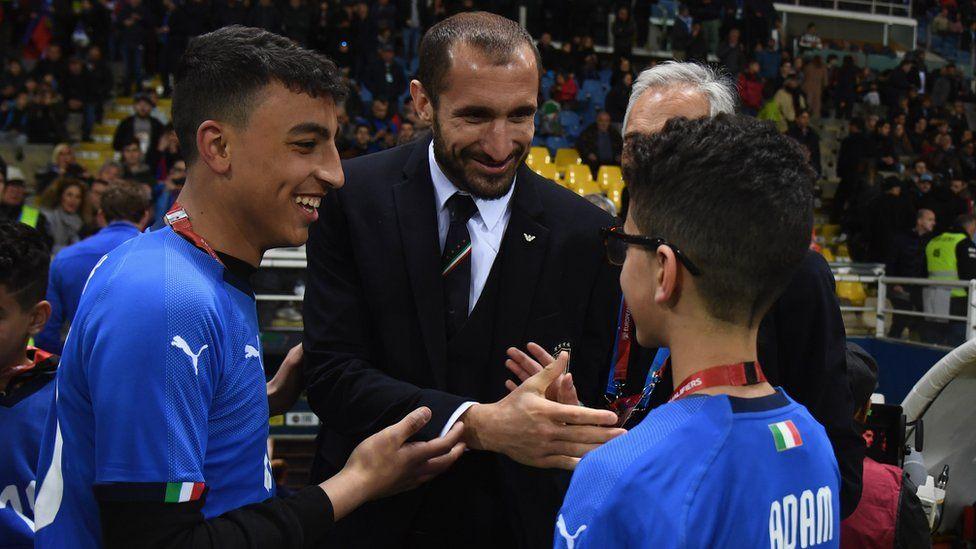 Adam and Ramy meet Giorgio Chiellini, the captain of the Italian football team