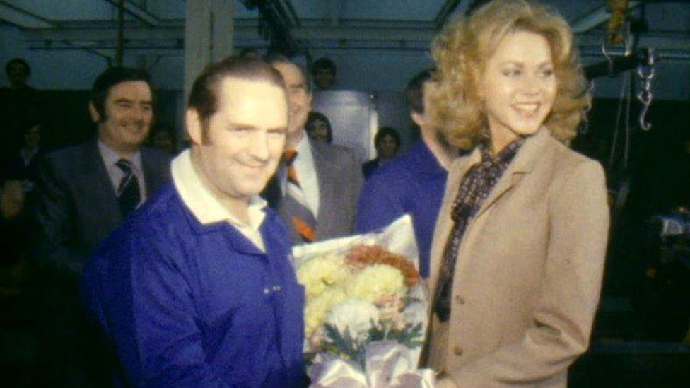 Miss UK Michelle Donnelly meeting Ford worker John Owen in 1981
