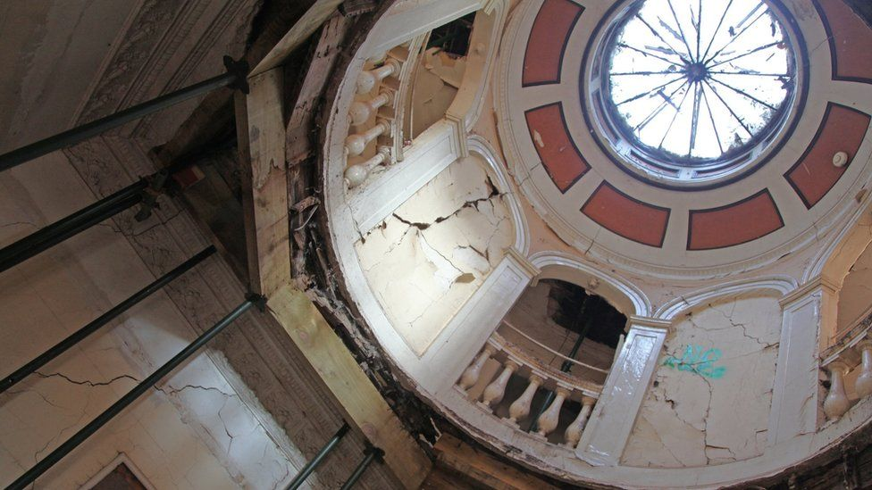 Damaged cupola