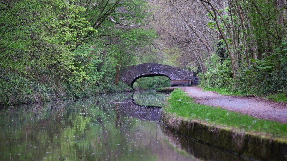 A bridge over the Monmouthshire and Brecon Canal