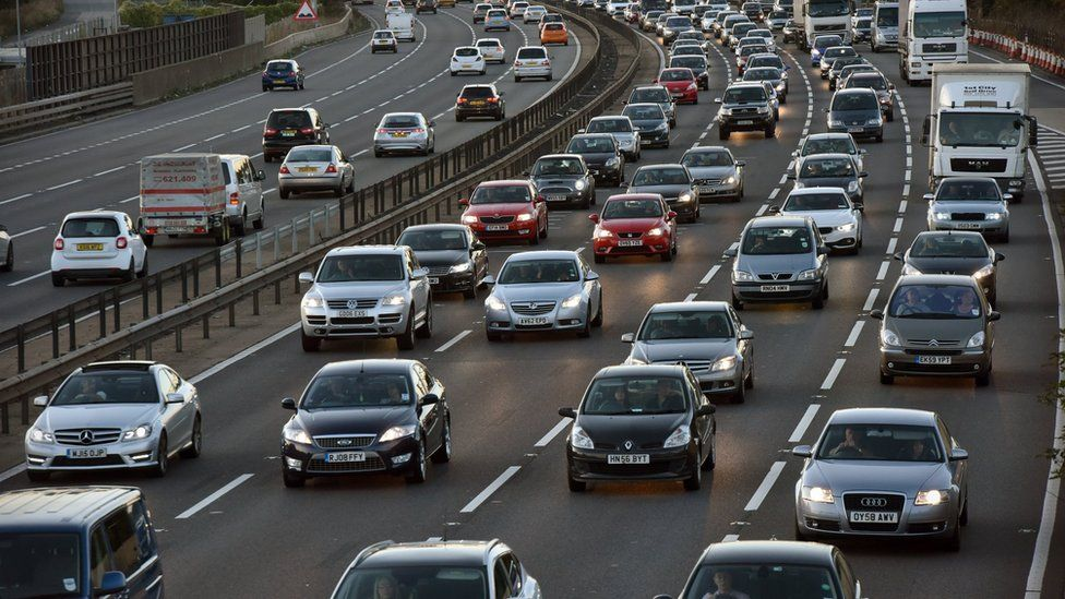 Cars on M1