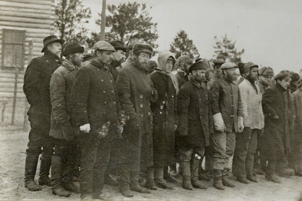 Bolshevik prisoners lined up in the prison camp on Mudyug island