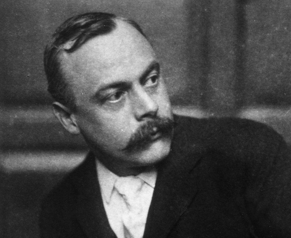 Author Kenneth Graham