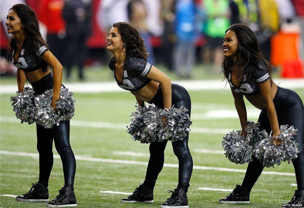 Sideline cheerleaders