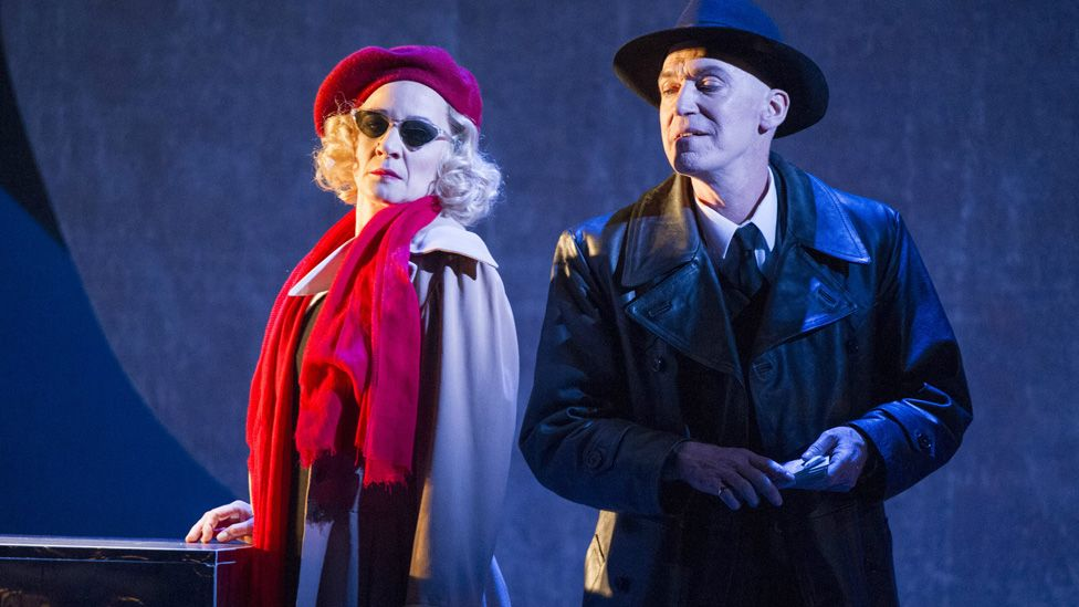 Figaro Gets A Divorce – WNO production in 2016