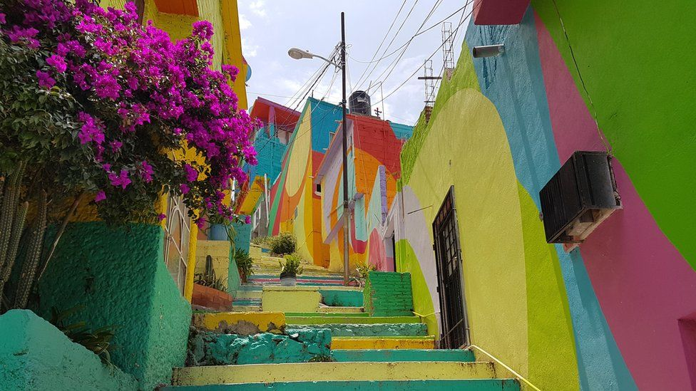 A view of a colourful alley in Palmitas