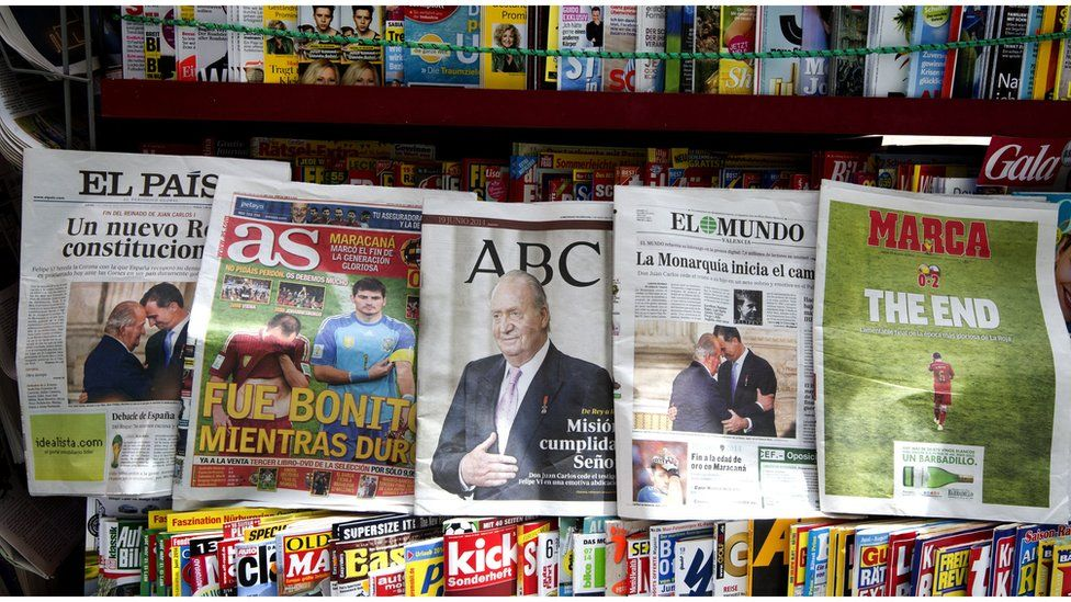 Display of Spanish papers