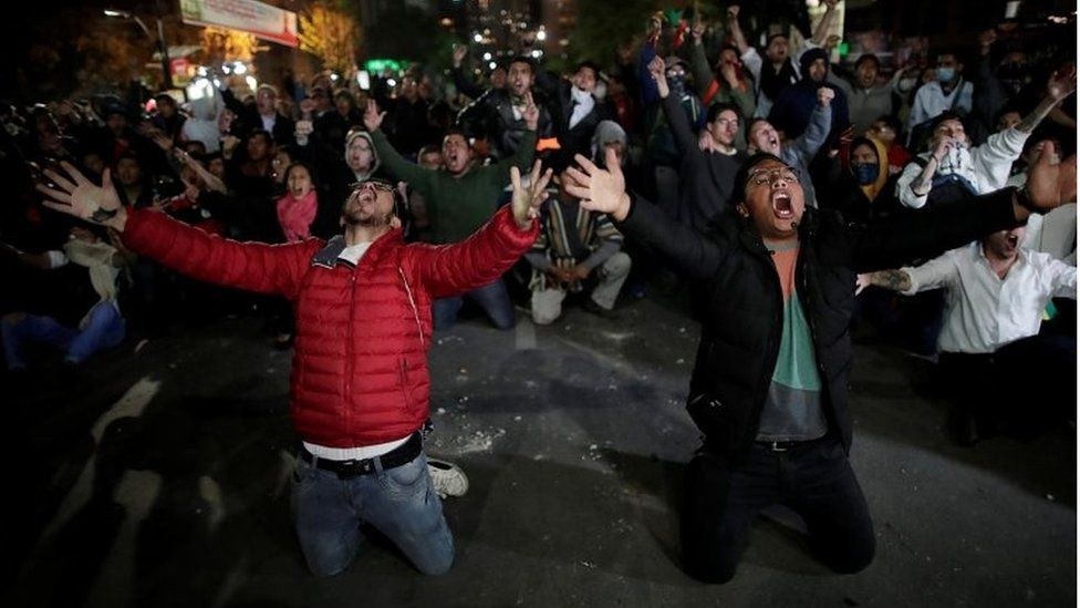 Supporters of Bolivian presidential candidate Carlos Mesa protest in La Paz, Bolivia, October 21, 2019.