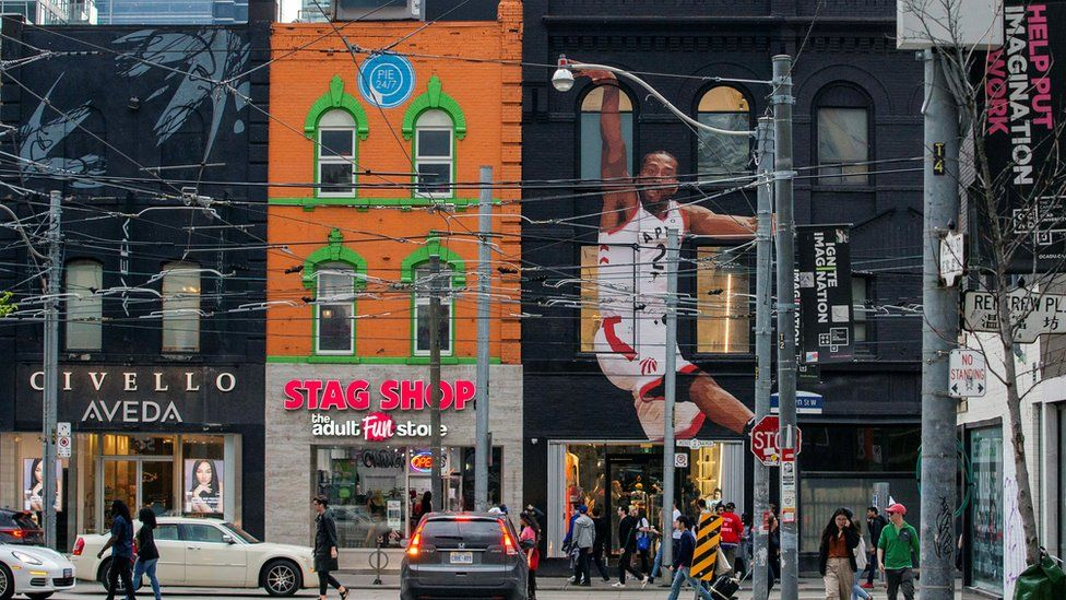 Sneaker store Overdose Toronto has a mural of Kawhi Leonard on its exterior facade