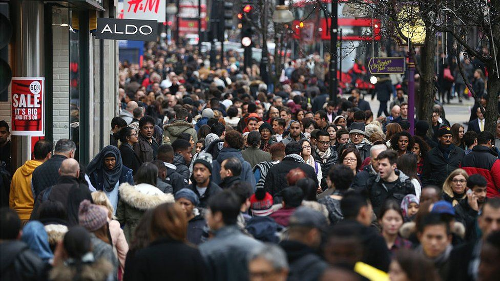 Shoppers in London during the Boxing Day sales on 26 Dec 2015