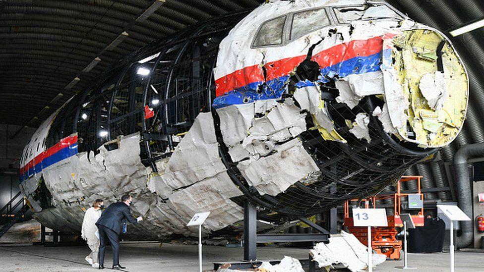 MH17 plane crash: Trial hears trauma of relatives demanding justice thumbnail