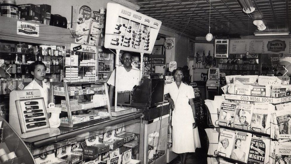 A convenience store in Greenwood before 21 June 1921