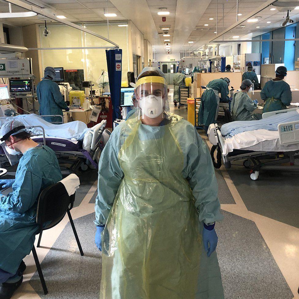 Dr Debbie Horner in ICU
