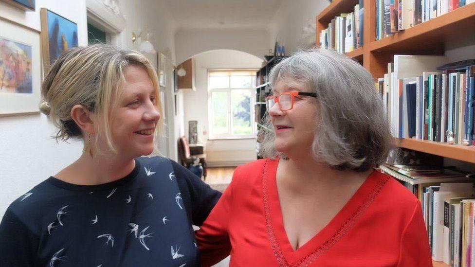 Menna Elfyn a Fflur Dafydd