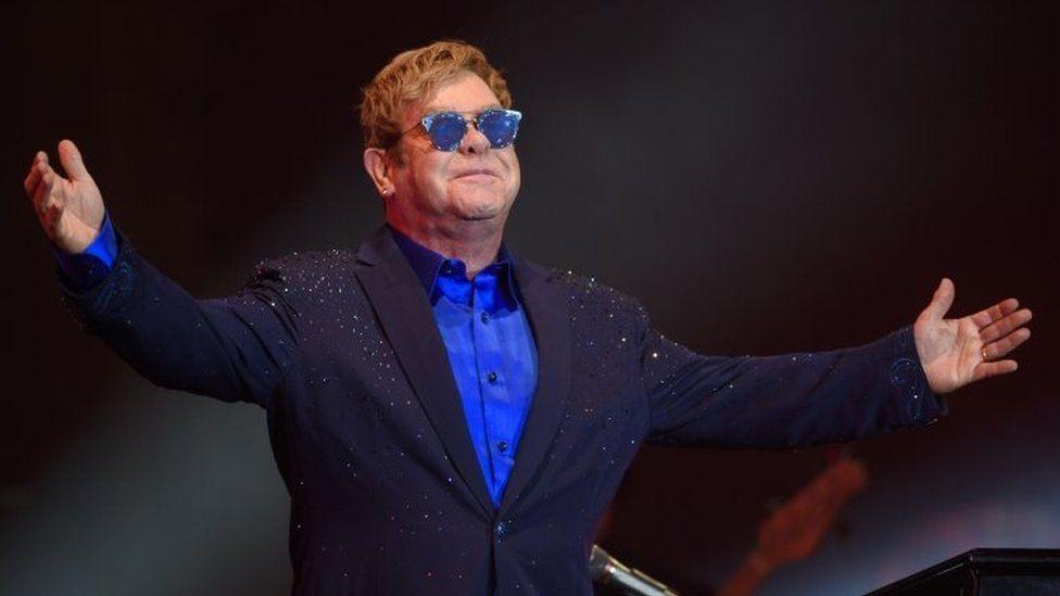Elton John (21 April 2017)