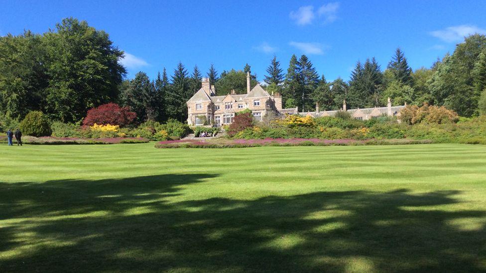 Tillypronie gardens