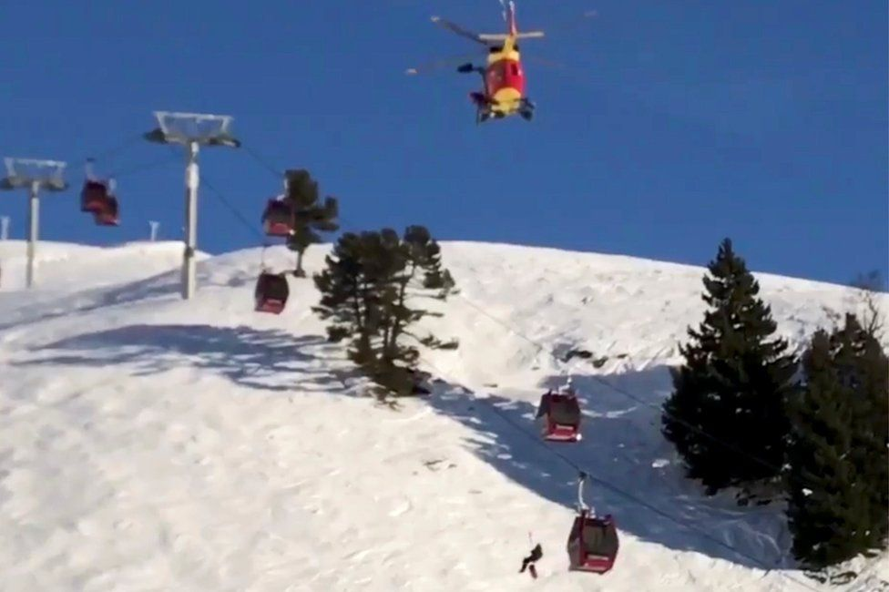 Rescue operation in Chamrousse
