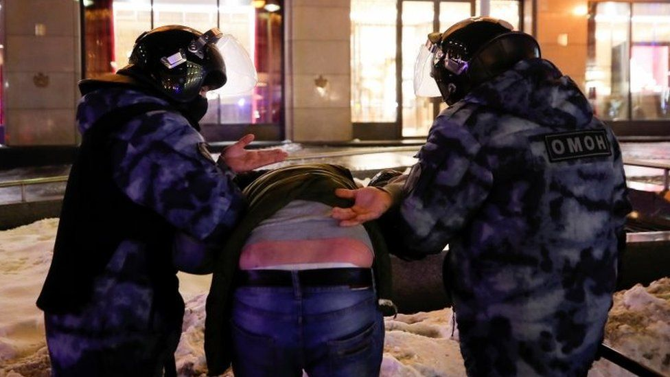 Russian police detain a man in Moscow. Photo: 2 February 2021