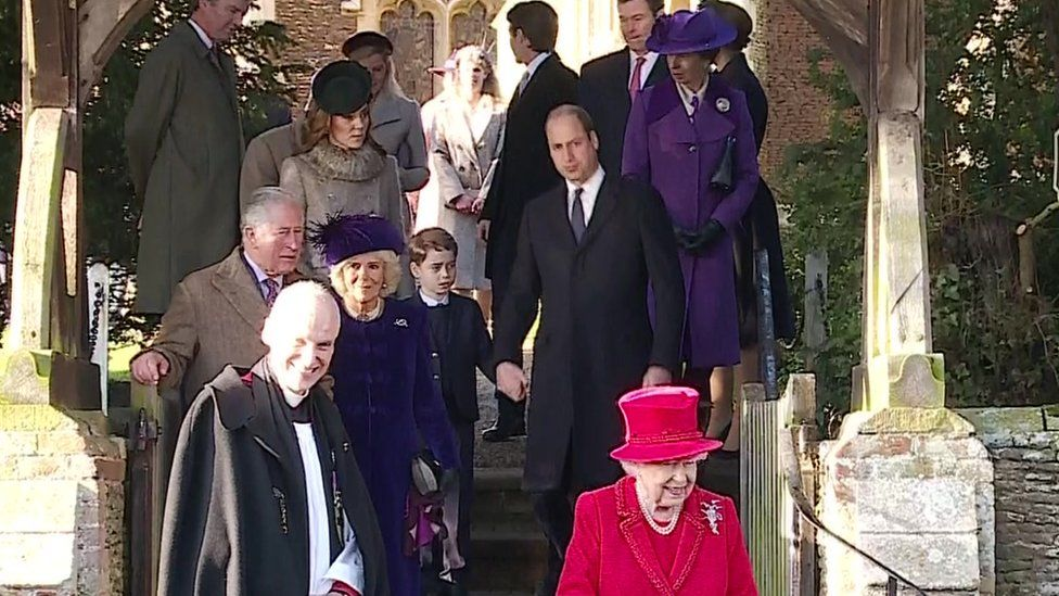 Queen Elizabeth Christmas Churhc Service 2020 Royal Family: Charlotte and George join Sandringham service   BBC News