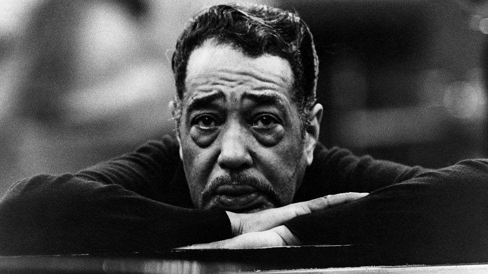 Великий джазовый музыкант и композитор Дюк Эллингтон был убежден, что расовое неравноправие тормозит Америку и является одной из причин ее отставания в космической гонке с СССР