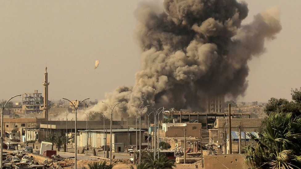 IS conflict: Coalition strikes on Raqqa 'killed 1,600 civilians'