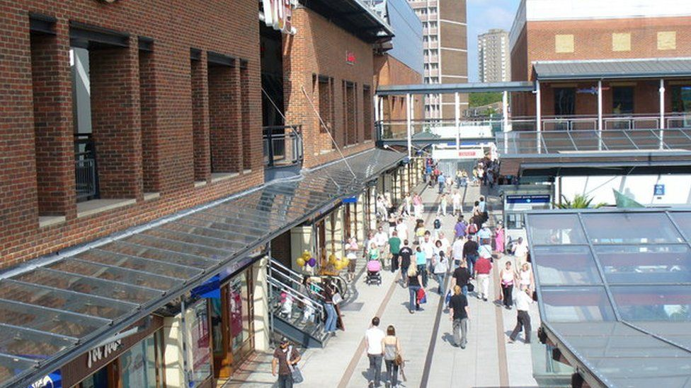 Central Square, Gunwharf Quays