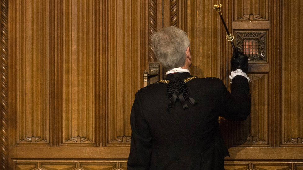 Black Rod, Lieutenant-General David Leakey, knocking on the door to the House of Commons