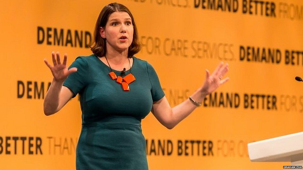Jo Swinson addressing the party's autumn conference last year