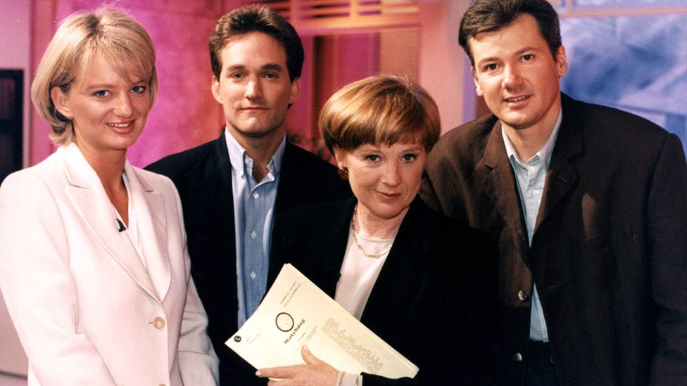 Alice Beer, Jonathan Maitland, Anne Robinson and Chris Choi on Watchdog in 1995