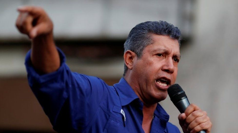Venezuelan presidential candidate Henri Falcon of the Avanzada Progresista party, delivers a speech to supporters during a campaign rally in Caracas, Venezuela May 14, 2018.