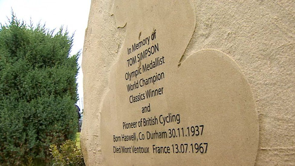 Memorial to Tom Simpson in Haswell