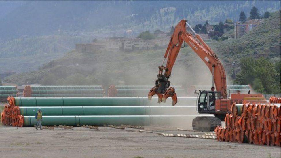 """كندا توافق على تمديد مشروع خط أنابيب نفط """"ترانس ماونتن"""" بتكلفة 5.5 مليار دولار"""