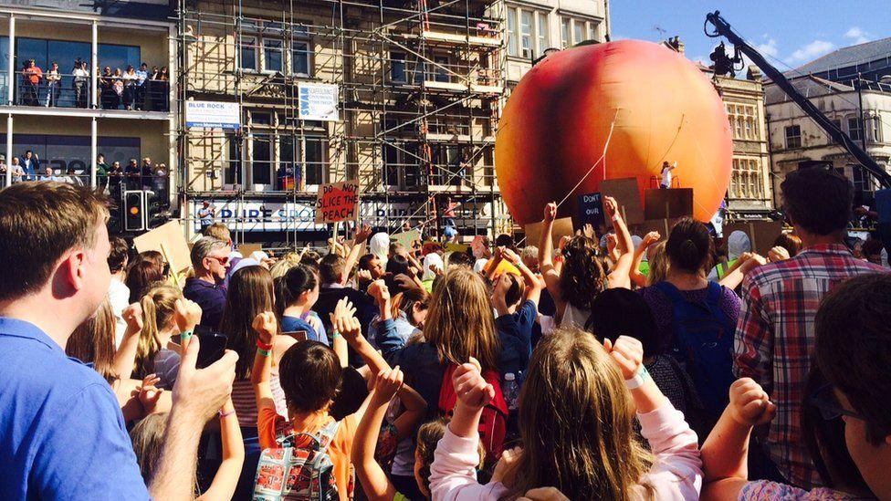 A giant peach in Cardiff
