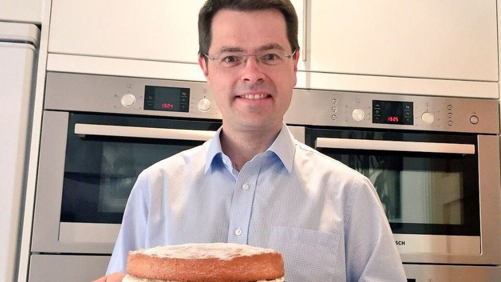 The politics of a kitchen photo-op: Can MPs avoid a roasting?