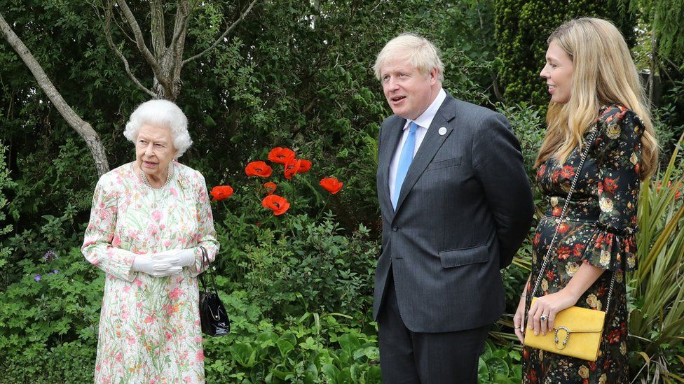 The Queen and Boris Johnson at the Eden Project