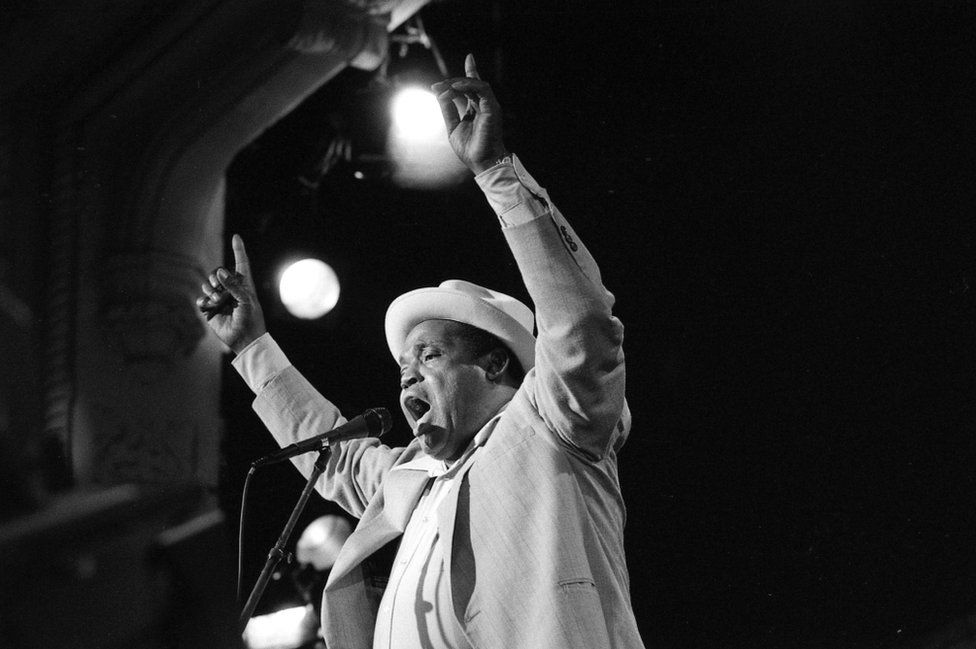 The great singer-songwriter Willie Dixon in performance at Stages