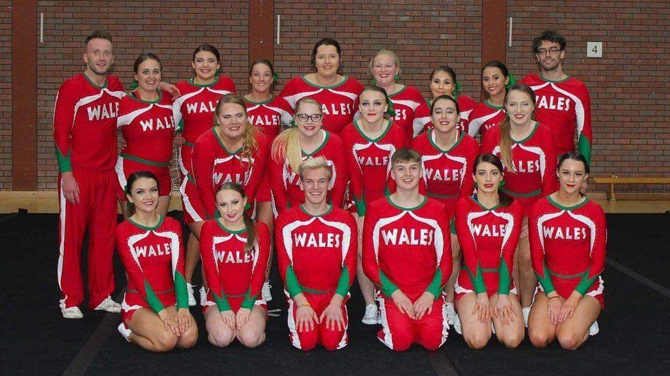 Wales para-cheer team photo