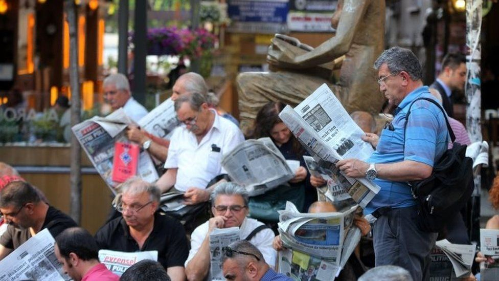 People read newspapers in Turkey. File photo