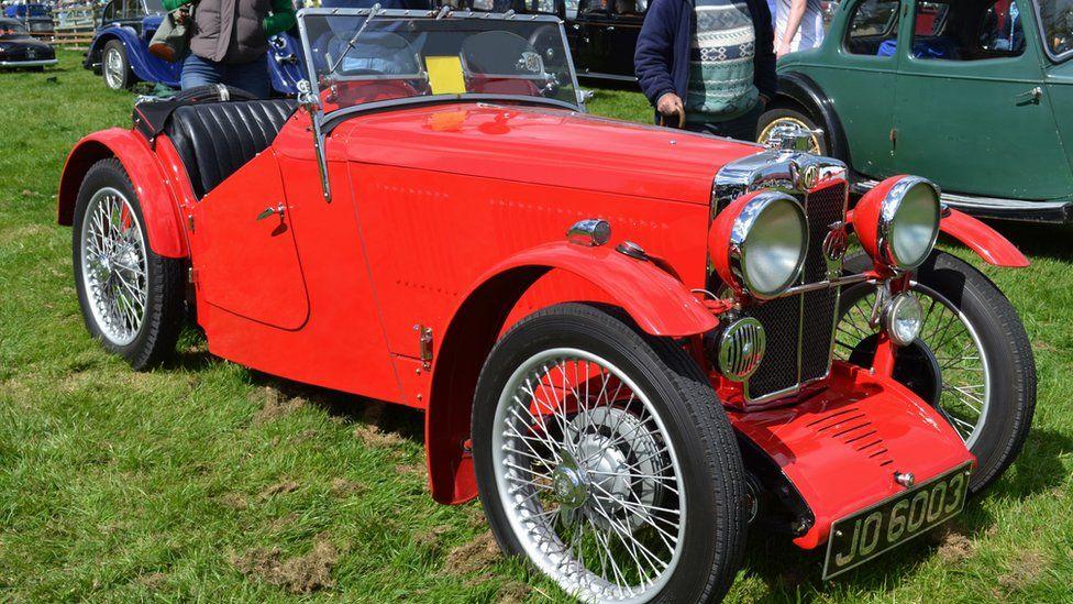 A restored MG J2