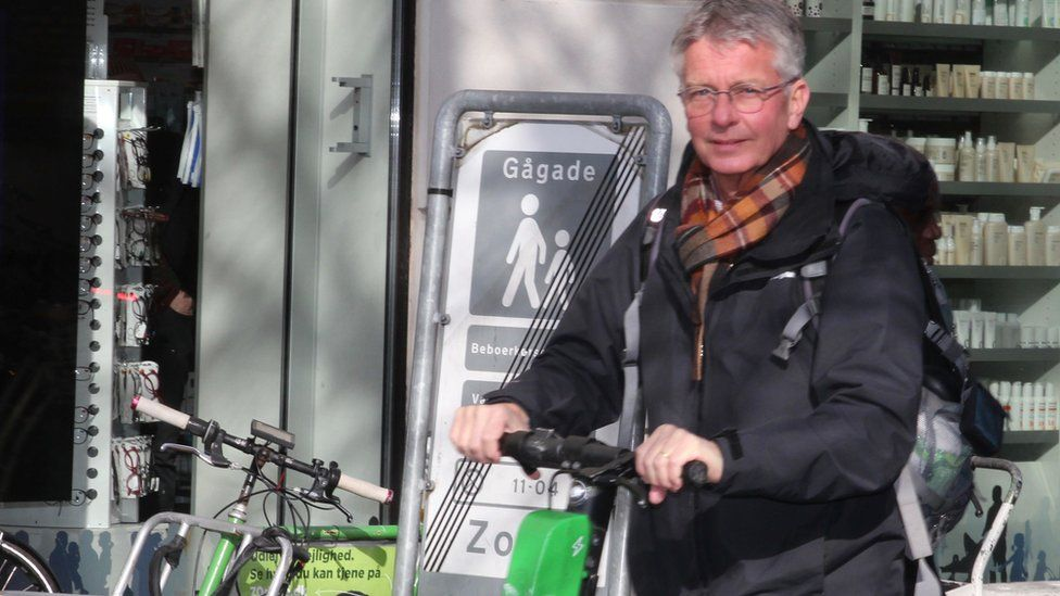Dr Henk Stigglebout